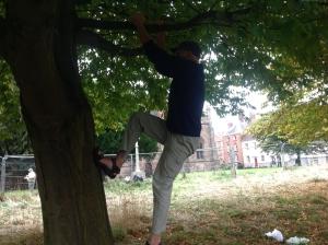 Peter_Norman_climbs_Hornbeam