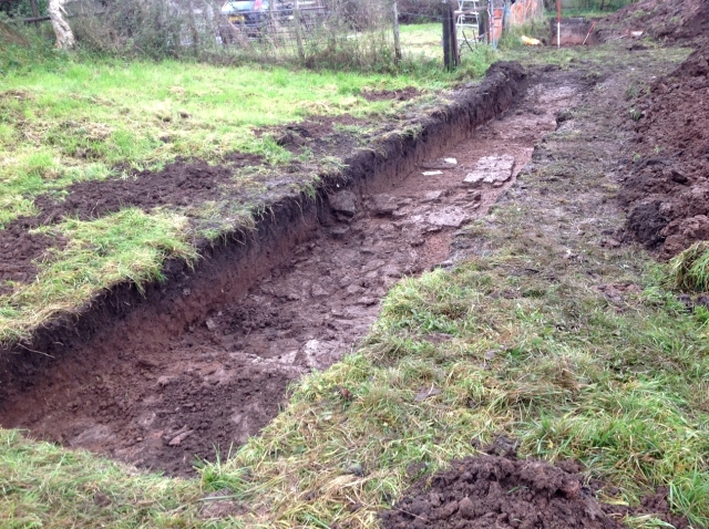 Linney_trench_with_walls
