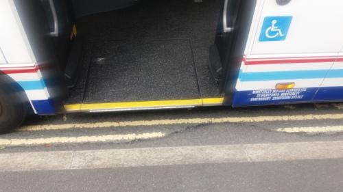 20160630_bus_floor_galdeford